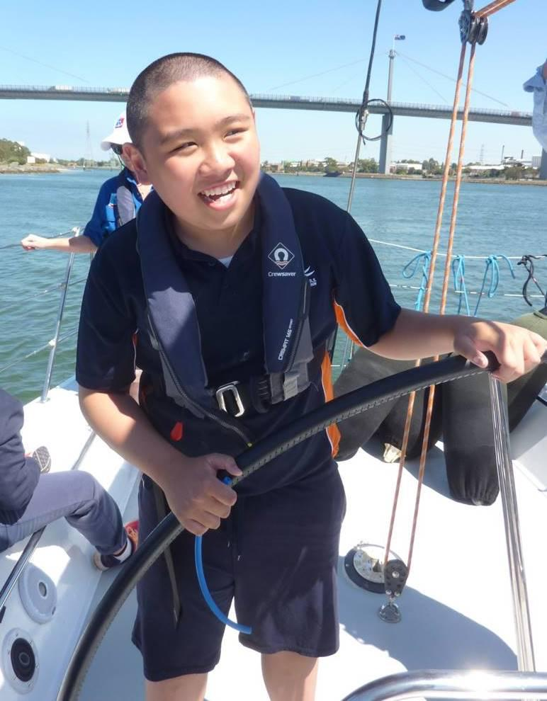 Students sailing in Melbourne