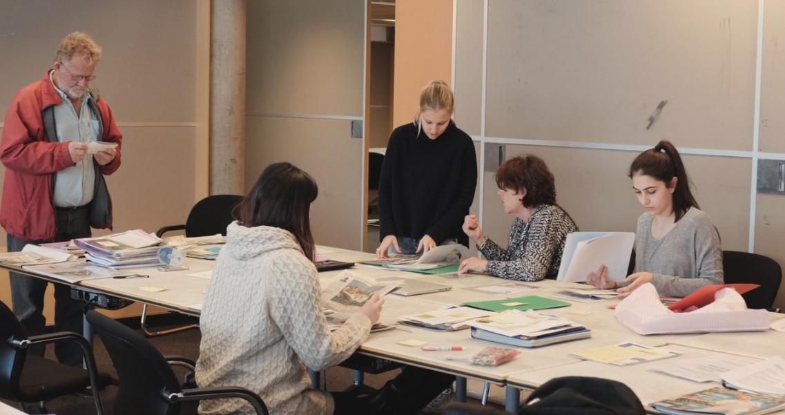 David Pescud, Deb Sandars and Sophia, Elle and Tania sorting materials at UTS